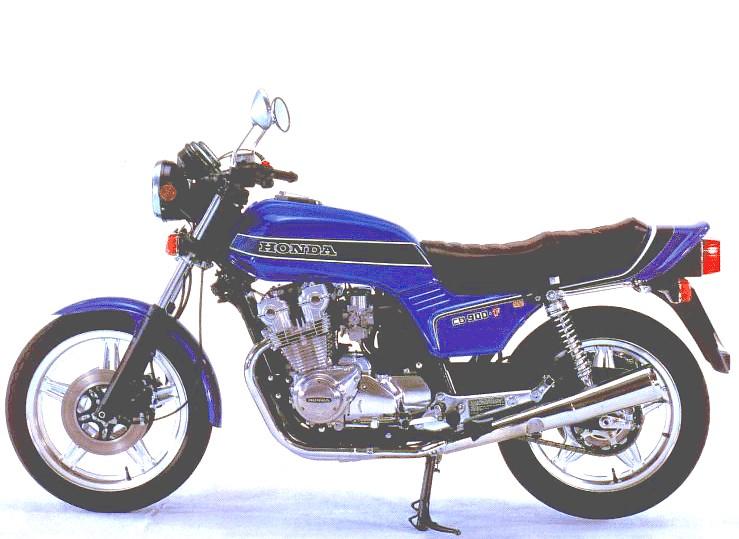 forum moto afficher un message comparatif motos honda cb1000r kawasaki z 1000. Black Bedroom Furniture Sets. Home Design Ideas